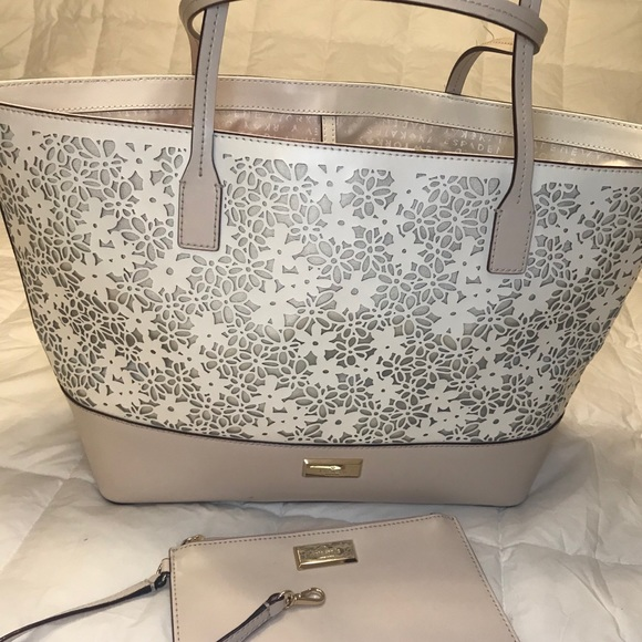 Kate Spade handbag with detachable wallet/pouch